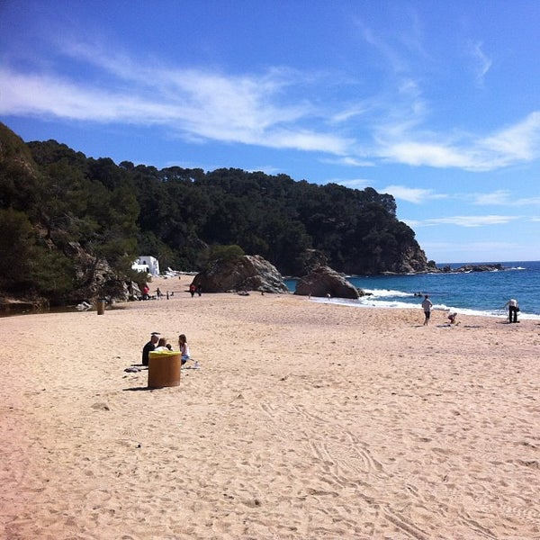 Photo taken at Cala Canyelles by Ferran F. on 3/29/2013