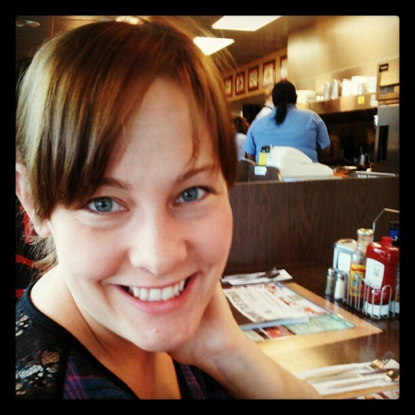 Photo taken at Waffle House by Blake C. on 3/30/2013