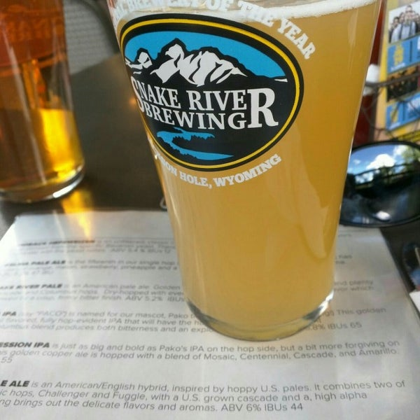 Photo taken at Snake River Brewery & Restaurant by Matthew W. on 7/18/2016