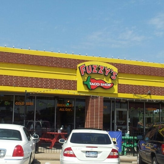 Photo taken at Fuzzy's Taco Shop by james f. on 9/1/2012