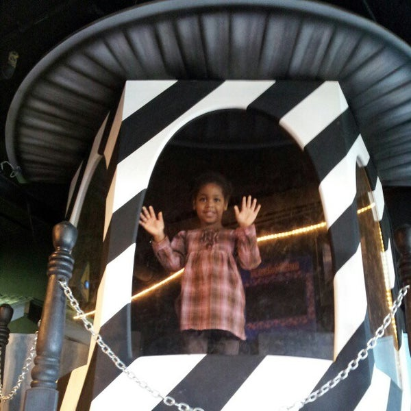 Photo taken at Museum of Discovery Little Rock by Casey P. on 11/3/2012