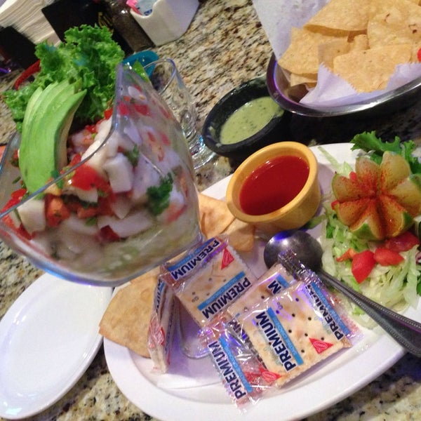 Photo taken at Mamacitas Mexican Restaurant by dj_Brewski📲 on 8/23/2014