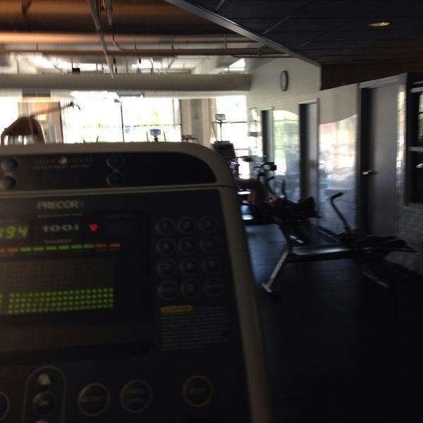 Photo taken at 24 Hour Fitness by RaShayla B. on 10/16/2013