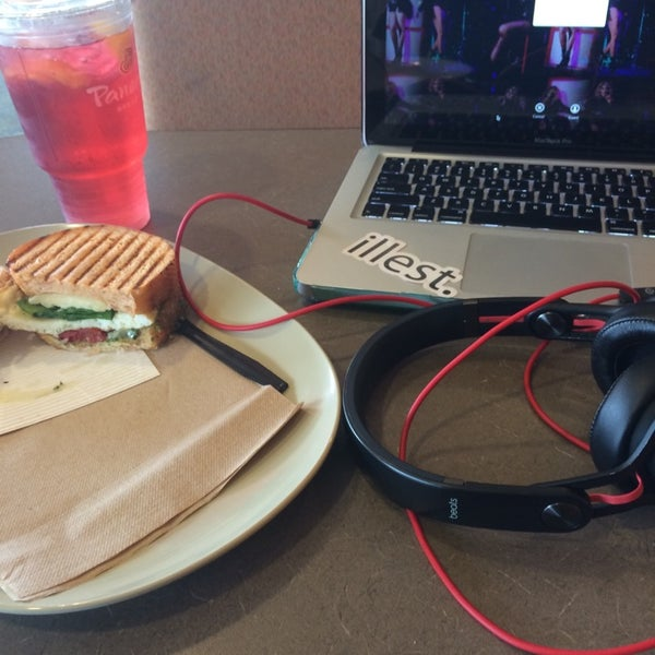 Photo taken at Panera Bread by Stevie L. on 5/1/2014