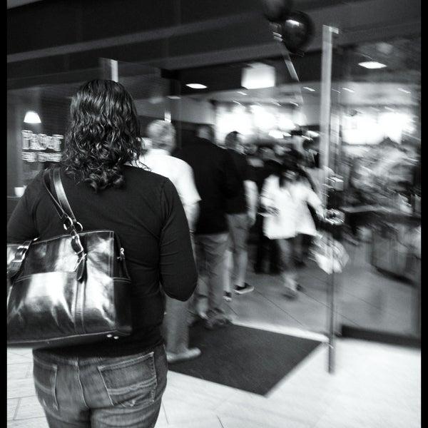 Photo taken at Peet's Coffee & Tea by Rosemarie M. on 5/3/2013