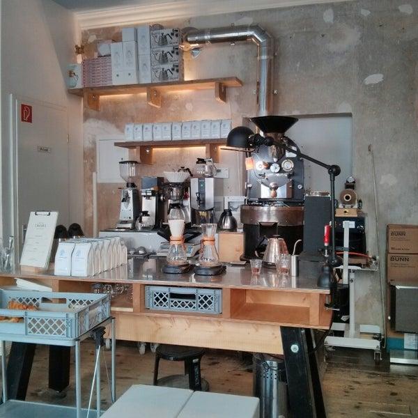 Photo taken at Bonanza Coffee Heroes by SIGA on 4/16/2013