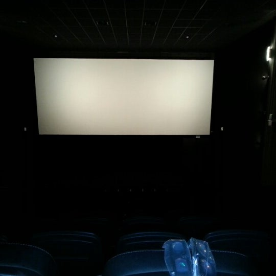 Photo taken at Cinespaço Beiramar by Alex V. on 10/2/2012