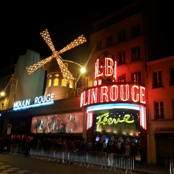 Photo taken at Moulin Rouge by Rodrigo R. on 5/25/2013