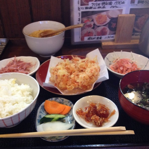 Photo taken at 食堂さくら屋 by 鷹司 裕. on 9/14/2014