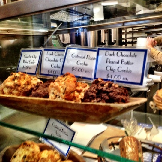 Photo taken at Levain Bakery by Christen D. on 11/9/2012