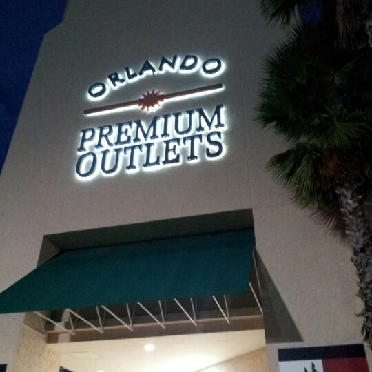 Photo taken at Orlando Premium Outlets - Vineland Ave by Luis G. on 9/14/2012