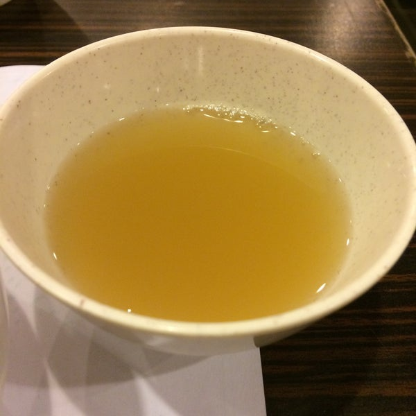 Foods are good as usual, free pancake this time! And i like this the most, ginger soup! Can refill summore! Like x100000!!