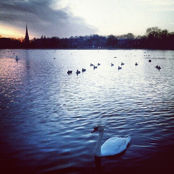 Photo taken at Kensington Gardens by Marquise on 11/23/2012
