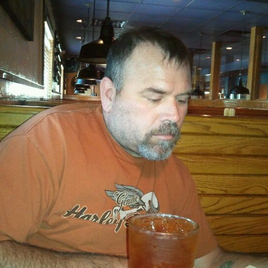 Photo taken at Outback Steakhouse by Renee F. on 4/24/2012