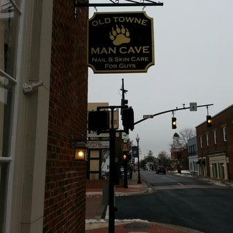 Man Cave Barber Toronto Review : Old towne man cave salon barbershop in downtown manassas
