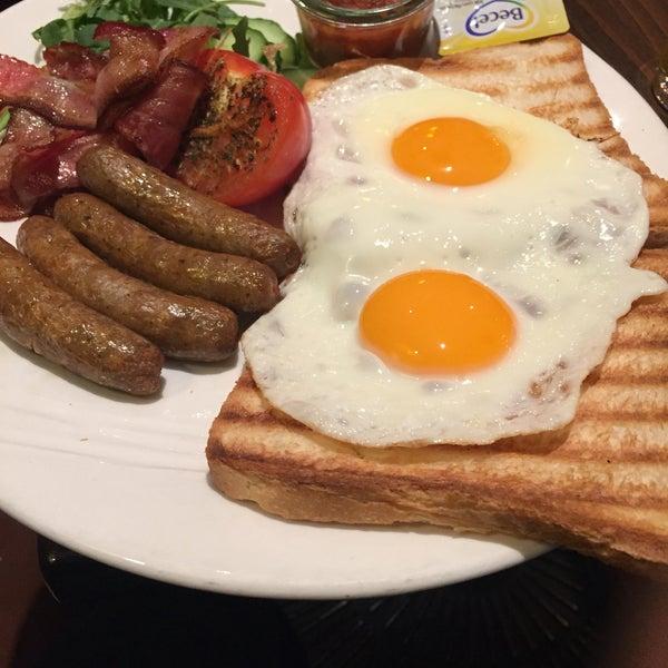 Photo taken at Grand Café Plaza by Buki A. on 4/11/2016