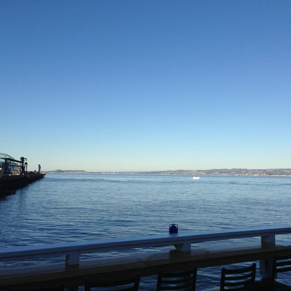 Photo taken at Pier 23 Cafe by Lewis K. on 1/12/2013