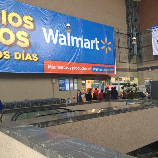 Photo taken at Walmart by Véronique B. on 9/25/2016