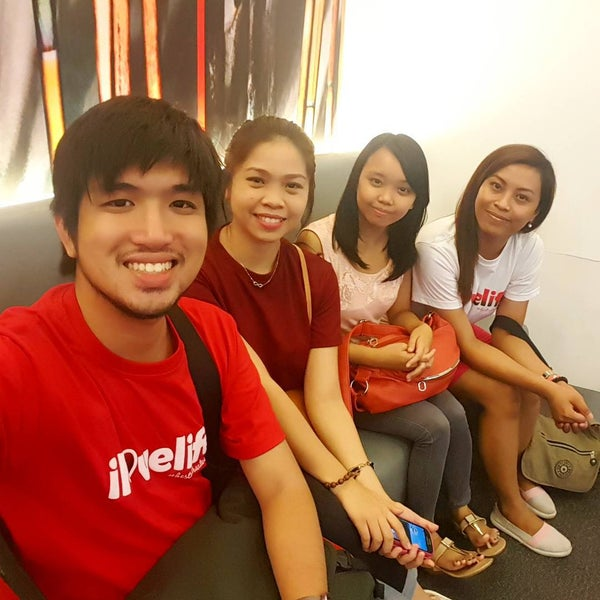 Photo taken at Globe Business Center by Champ S. on 8/17/2015