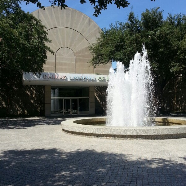 Photo taken at Dallas Museum of Art by Casey C. on 8/3/2013
