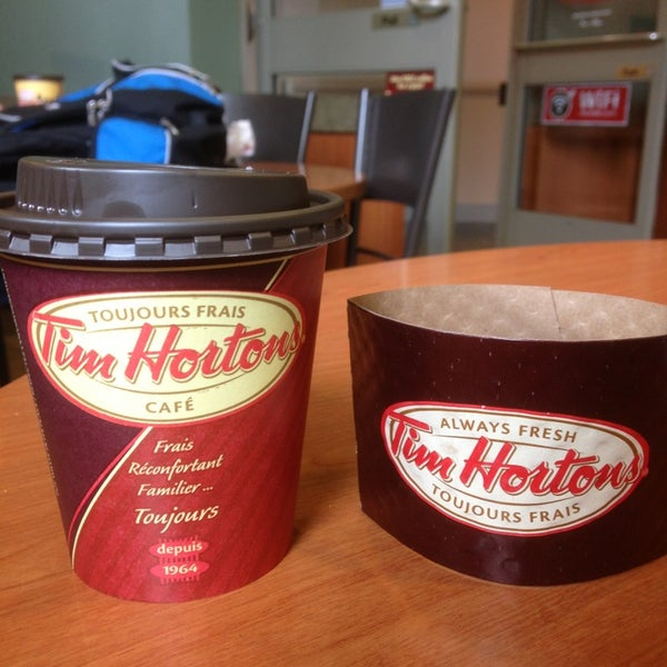 Photo taken at Tim Hortons by Gustavo B. on 5/18/2013
