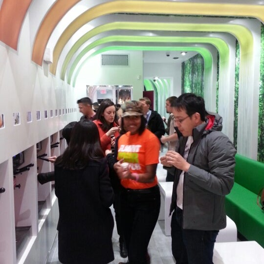 Photo taken at 16 Handles by Marcie K. on 12/13/2012