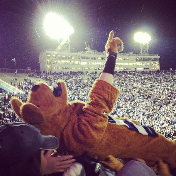 Photo taken at Beaver Stadium by KG on 11/26/2012