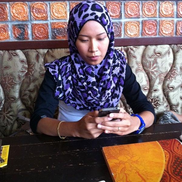 Photo taken at Soul Thai Restaurant by Zaid E. on 2/9/2014