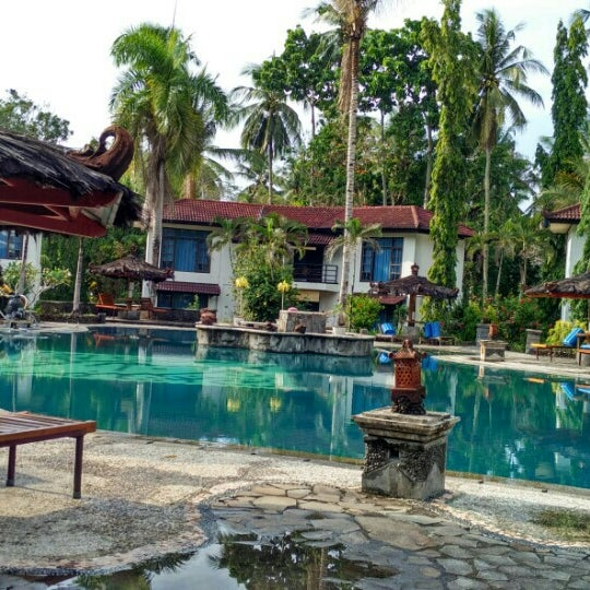 Photo taken at Tasik Ria Resort by 🐦 Pipit 🐦 on 11/12/2015