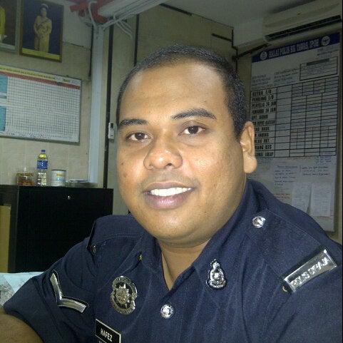 Photo taken at Balai Polis Kg Tawas by Hafez M. on 9/1/2012