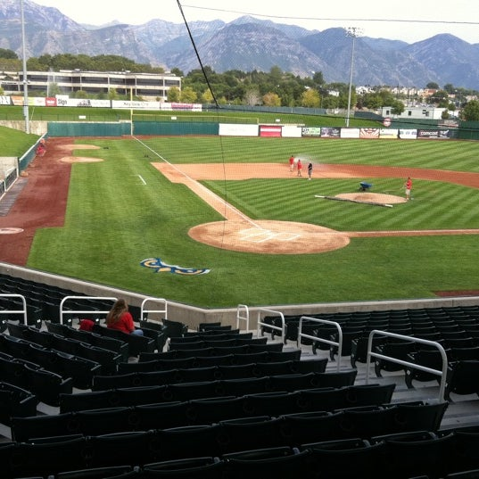 Photo taken at Home of the Owlz (Brent Brown Ballpark) by Neal P. on 9/5/2011