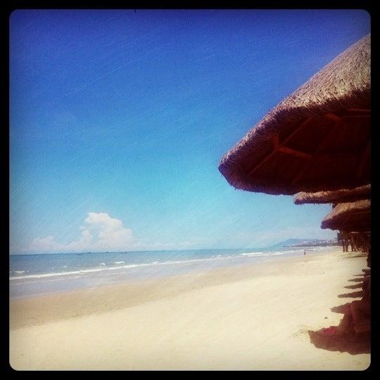 Photo taken at HowardJohnson Resort Sanya Bay by Dinho P. on 8/12/2011