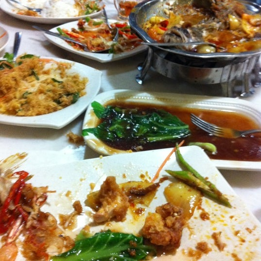 Photo taken at Homst Restaurant by Azlin Shah O. on 1/6/2012