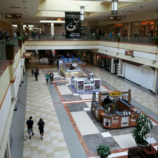 Westgate Plaza is a large strip mall in the city of Albany, New York, located on Central deletzloads.tkte is considered the first mall in the Albany area, and opened in