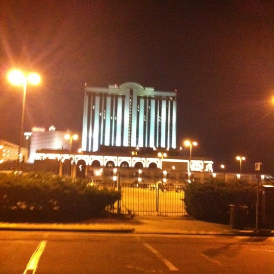 Photo taken at Atlantic Club Casino Hotel by Anthony M. on 8/31/2012