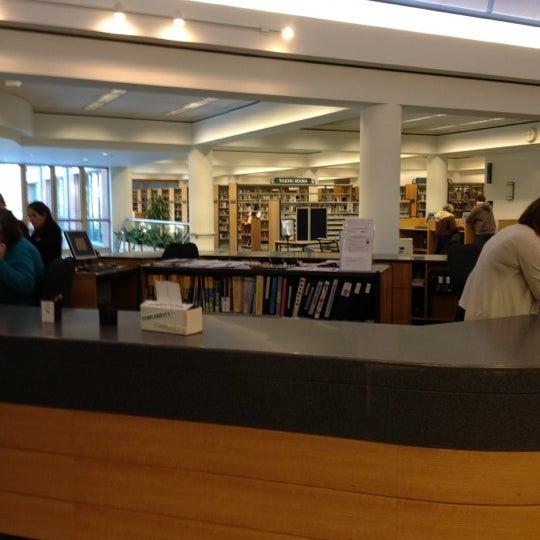 Randall Library Study Room