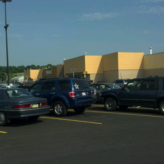 Photo taken at Walmart Supercenter by Jennifer D. on 7/22/2012
