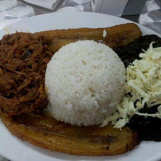 Photo taken at Panadería Los Venezolanos by Criss .. on 7/7/2012