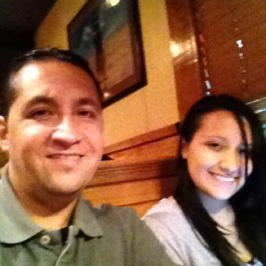 Photo taken at Outback Steakhouse by Lupe V. on 4/14/2012