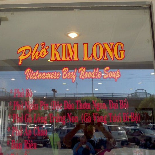 Photo taken at Pho Kim Long by Alan C. on 10/19/2011