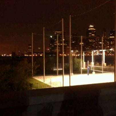 Photo taken at Brooklyn Bridge Park - Pier 6 by Nilsa R. on 9/25/2011