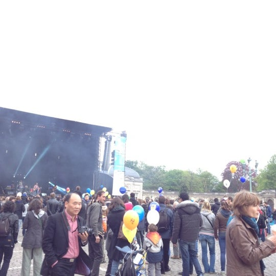 Photo taken at Paleizenplein / Place des Palais by Mattias V. on 5/6/2012