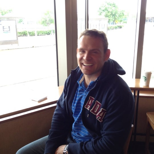 Photo taken at Starbucks by Willie K. on 4/15/2012