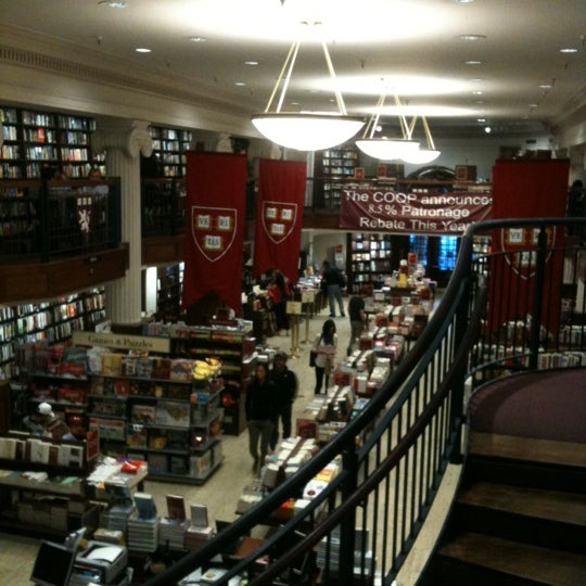 Photo taken at Harvard Coop Society Bookstore by Felipe G. on 5/28/2012