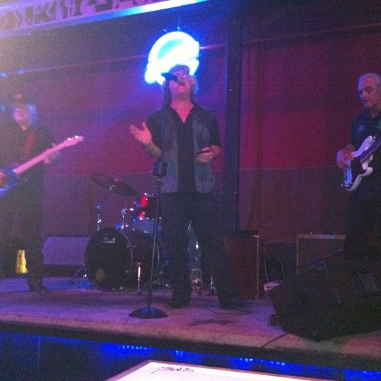 Photo taken at Blue Moon by Jeffrey S. on 3/14/2011