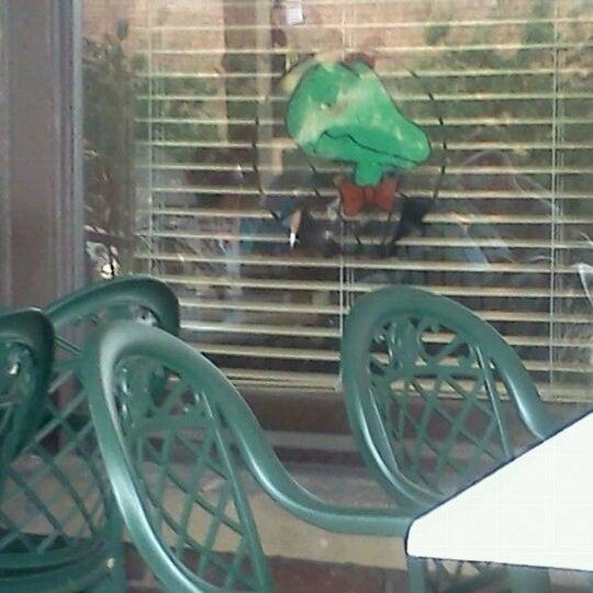 Photo taken at Winking Lizard Tavern by Theresa B. on 5/29/2012