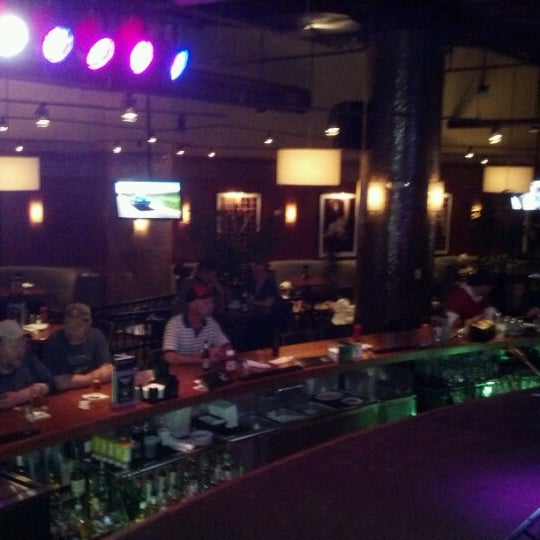 Photo taken at Bar Louie Mohegan Sun by Kenneth N. on 6/8/2012