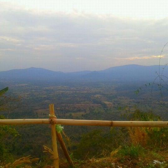 Photo taken at ผาเก็บตะวัน by Jittirat B. on 1/14/2012