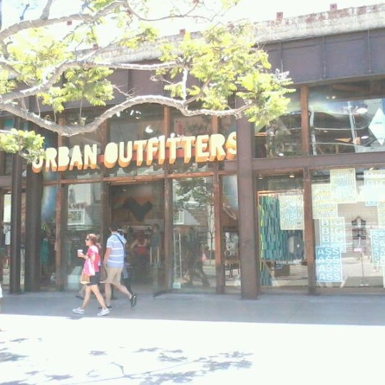 Photo taken at Urban Outfitters by Jerel W. on 6/27/2012