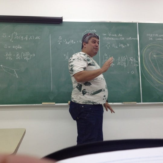 Photo taken at Escola de Engenharia - UFF by Jonei R. on 4/10/2012